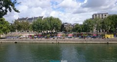 Paris_2017_08_19-130000_Thomas_Lindhauer.jpg