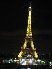 Paris_2017_08_19-230944_LvH.jpg